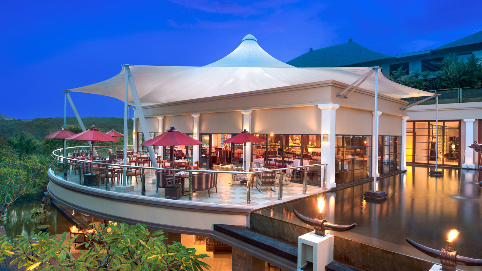 Best restaurants in bali at st regis bali resort for St regis